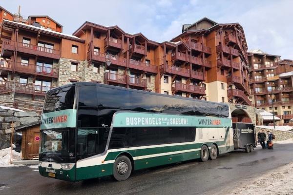 Met de bus op wintersport